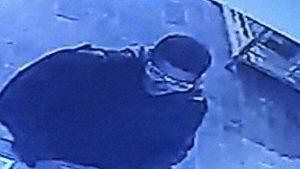 Nahat Malham pris par une caméra de surveillance peu avant son attentat